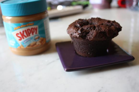 http://vegetudiant.cowblog.fr/images/muffinsdoublechocolatetbeurredecacahuetes.jpg